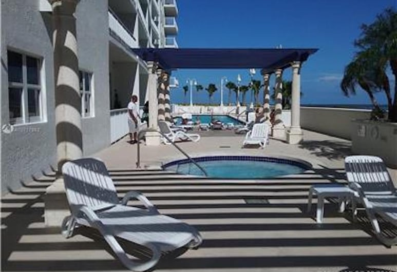 Beautiful Miami Brickell 2 Bedroom 2 Bathroom Apartment in the Sky Sleeps 4, Majamis