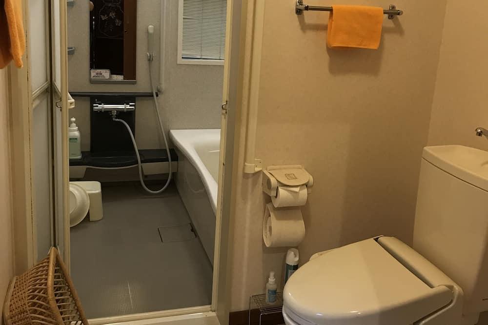 ドミトリールーム 女性用 二段ベッド1名分 - バスルーム