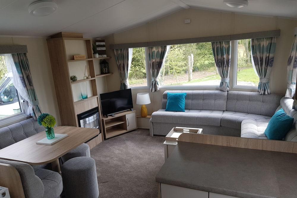 Domek, Wiele łóżek - Salon