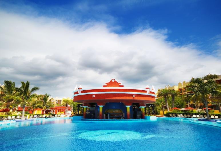 The Royal Haciendas All Suites Resort & Spa, Плая-дель-Кармен, Басейн