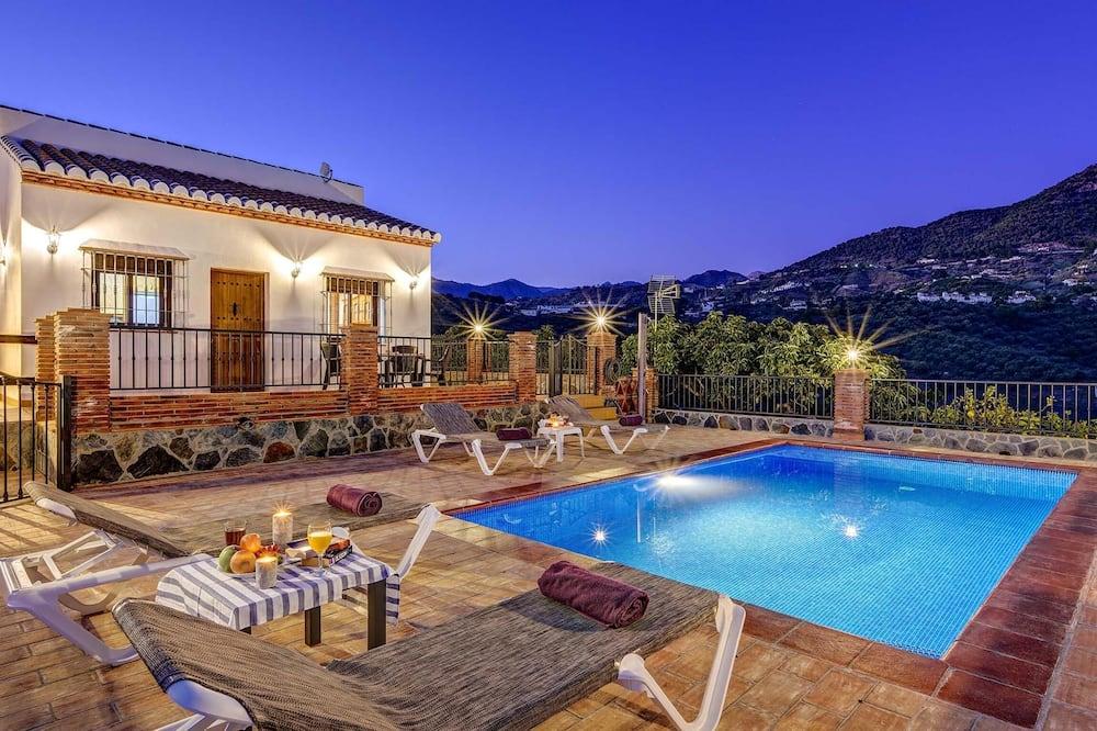 Villa (Miracosta) - Pool