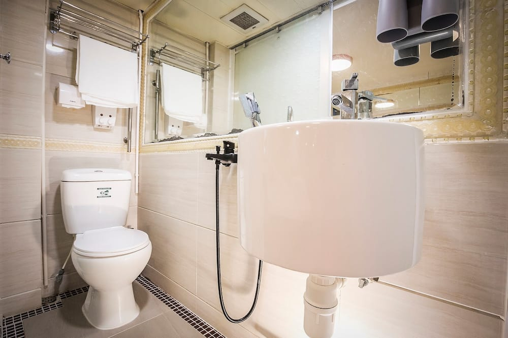 ห้องสแตนดาร์ดซิงเกิล, ปลอดบุหรี่ - ห้องน้ำ