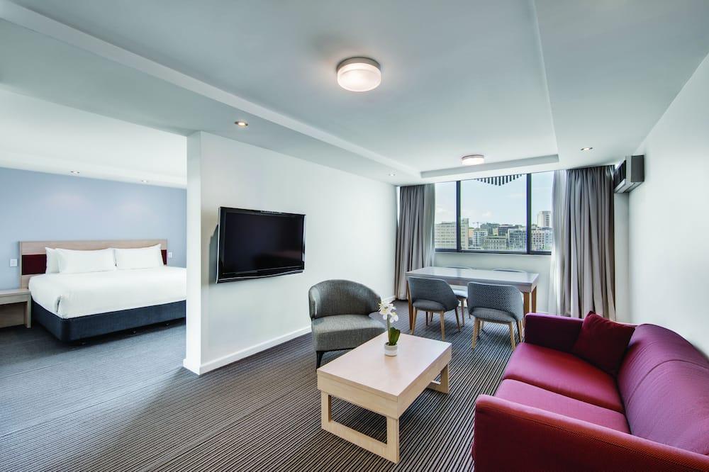 Liukso klasės studijos tipo numeris, 1 labai didelė dvigulė lova, Nerūkantiesiems - Svetainės zona