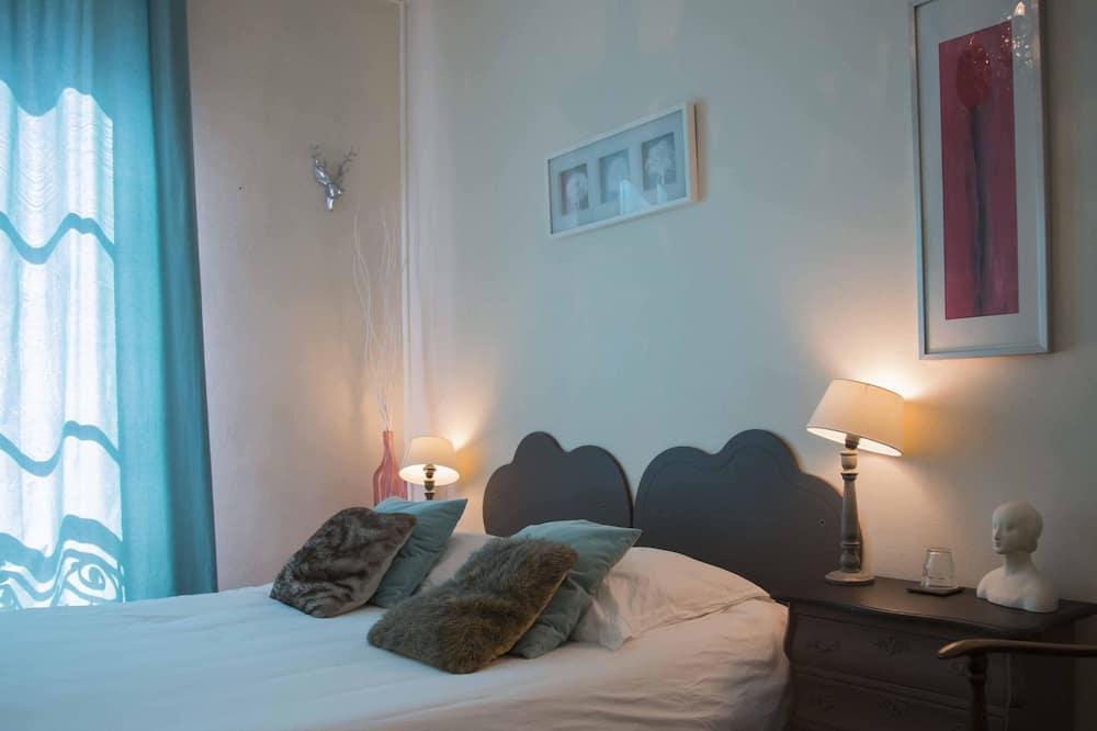 Doppelzimmer, Gemeinschaftsbad (1) - Zimmer