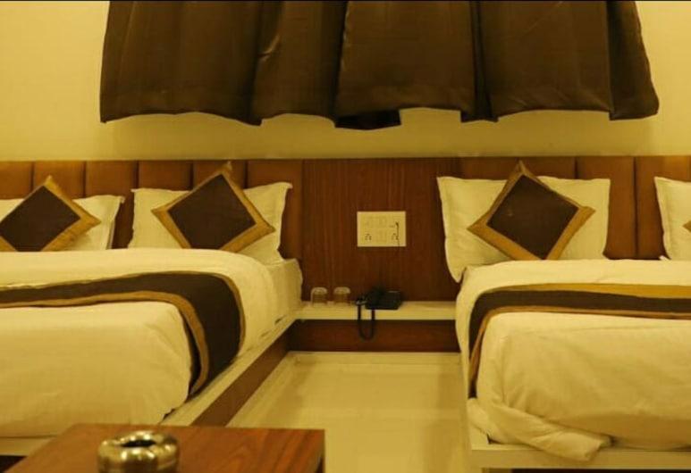 Hotel Royal Silver, راجكوت, غرفة بريميم ثلاثية, غرفة نزلاء