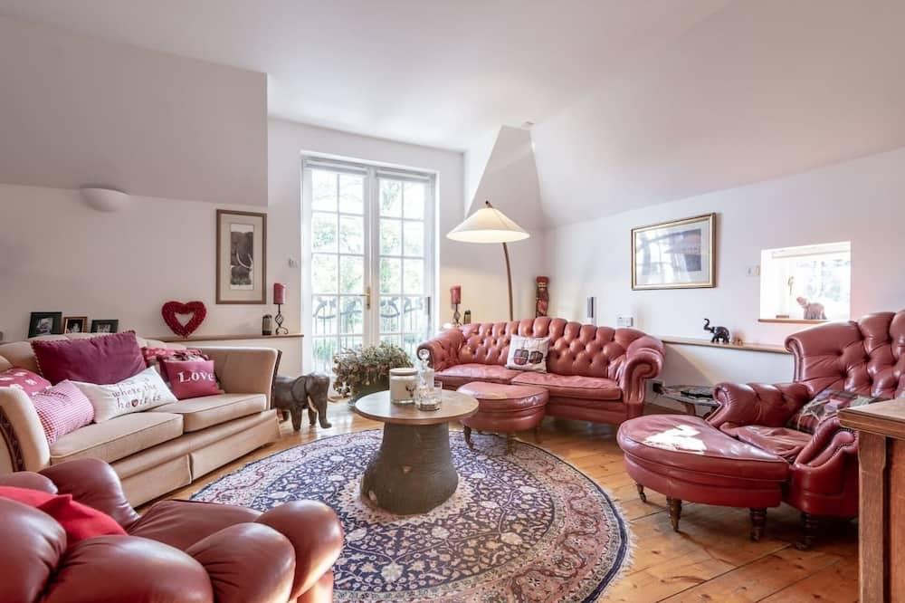 Dom, 1 extra veľké dvojlôžko - Obývačka