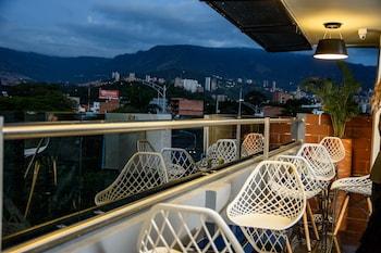 Φωτογραφία του Alma Hotel, Μεντεγίν