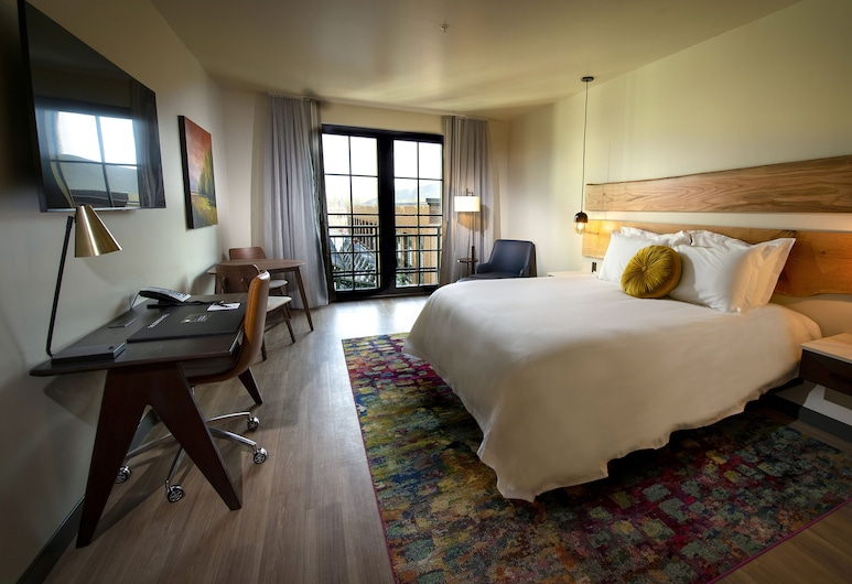 The Gordon Hotel, Eugene, Deluxe Room, 1 King Bed (Deluxe King), Guest Room