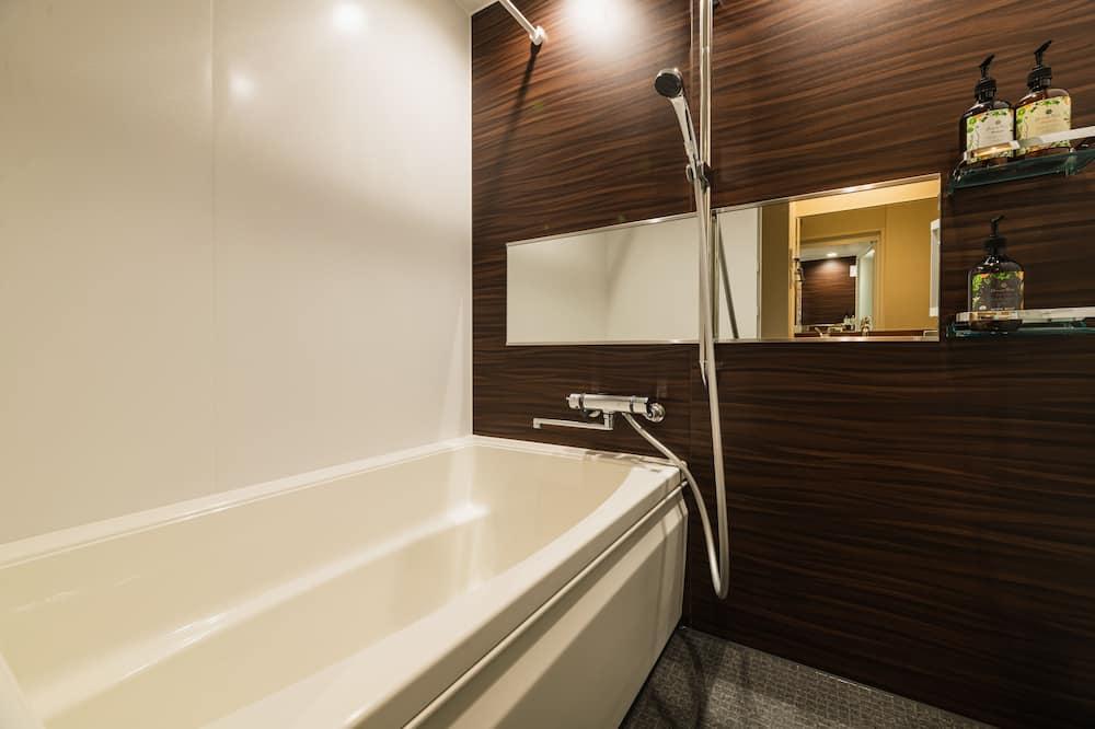 Superior-Zweibettzimmer - Badezimmer