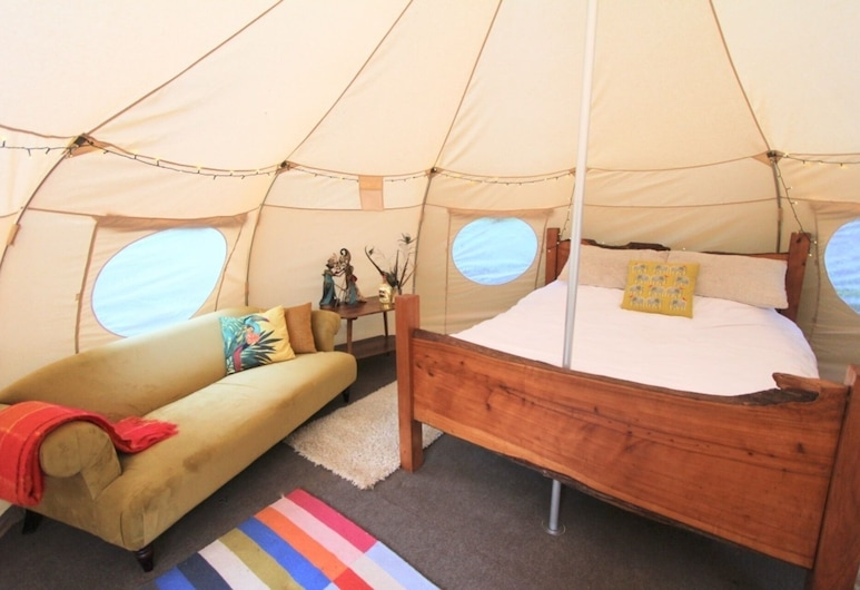 Glamping - Exclusive Surrey Hills Woodland Dell, Guildford