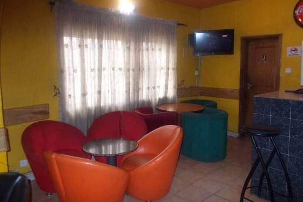 Salon u predvorju