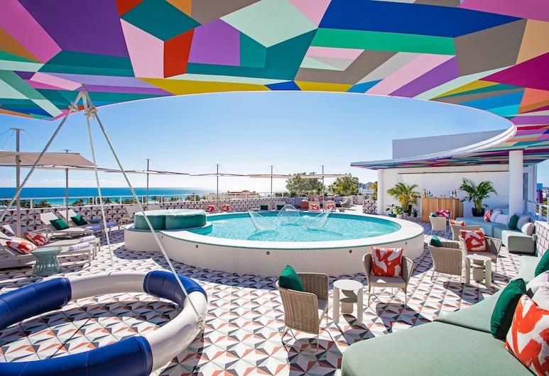 Moxy Miami South Beach, Maiamibīča, Vannasistaba