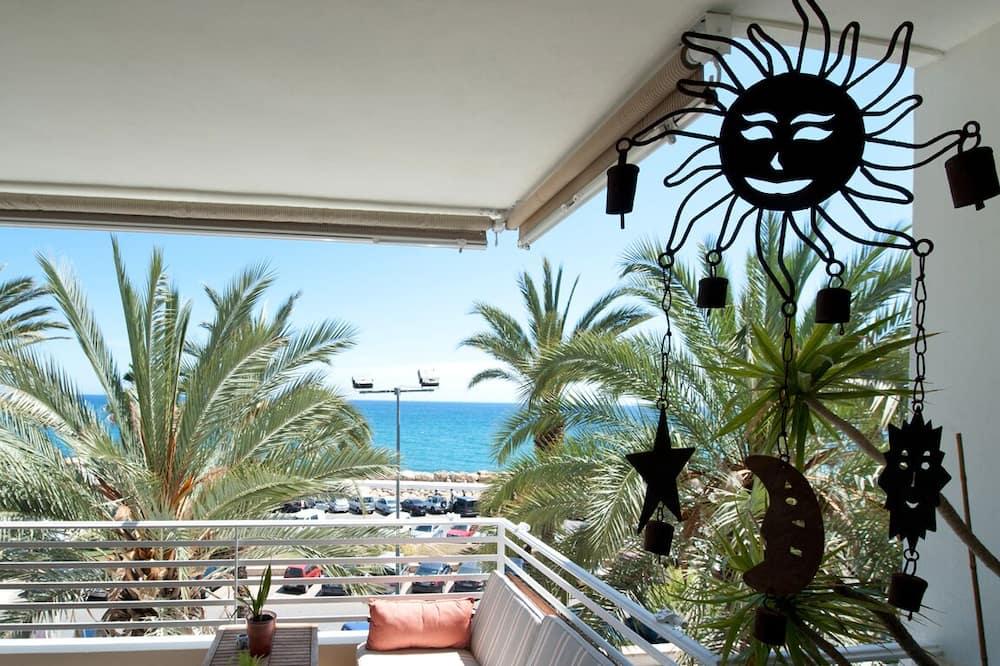 Altea Playa, Apartment in First Line, Altea