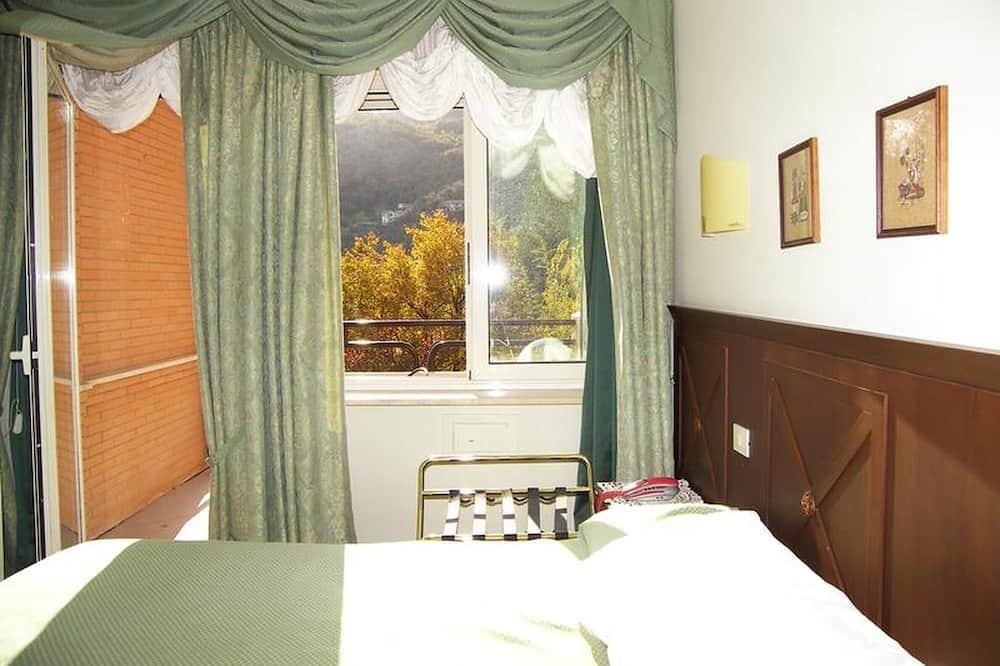 Villa Des Reves in the Green Near Montecassino