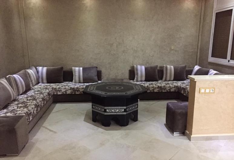 Too Many Suites - Villa 3 Bedrooms, Saidia, Wohnbereich