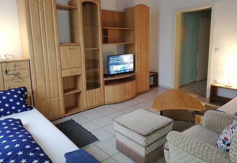 Haus Lindheim - Ferienwohnungen, 阿爾滕施塔特, 公寓 (Blue), 客廳