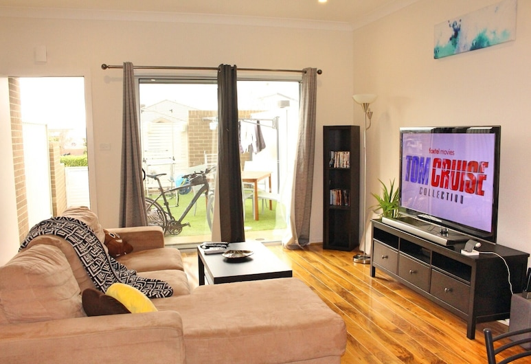 Private Room, Awesome Amenities - Molonglo Valley, Coombs, Salon