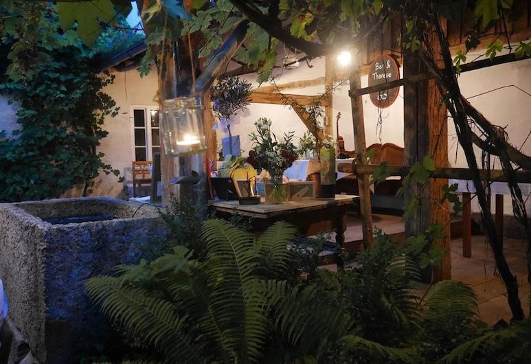 Historischer Gasthof Stirzer, דייפורט, מרפסת/פטיו