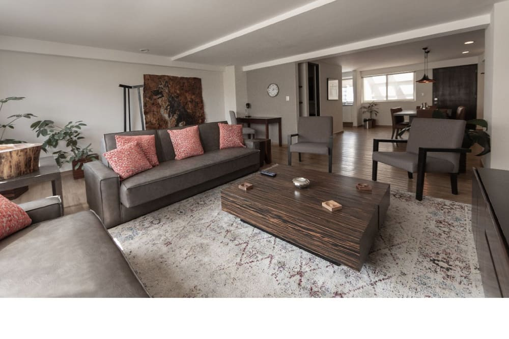 Deluxe appartement - Woonkamer