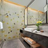 Standard Room, 2 Twin Beds, Smoking - Bathroom