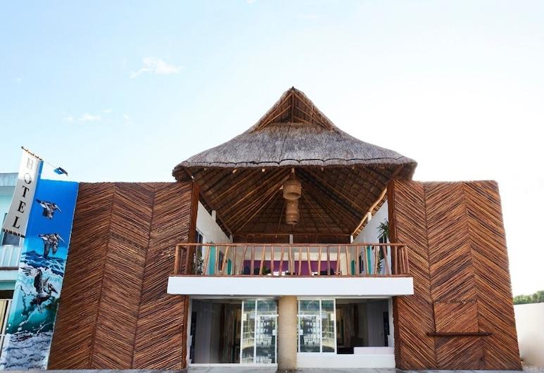 Hotel Pelicano , Chiquila