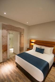 Introduce sus fechas y vea precios de hoteles última hora en Morelia