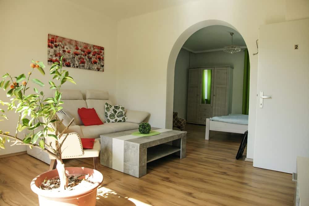 Classic Διαμέρισμα, 2 Queen Κρεβάτια, Μη Καπνιστών, Βεράντα - Περιοχή καθιστικού