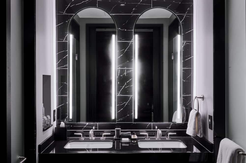 普通開放式套房 - 浴室