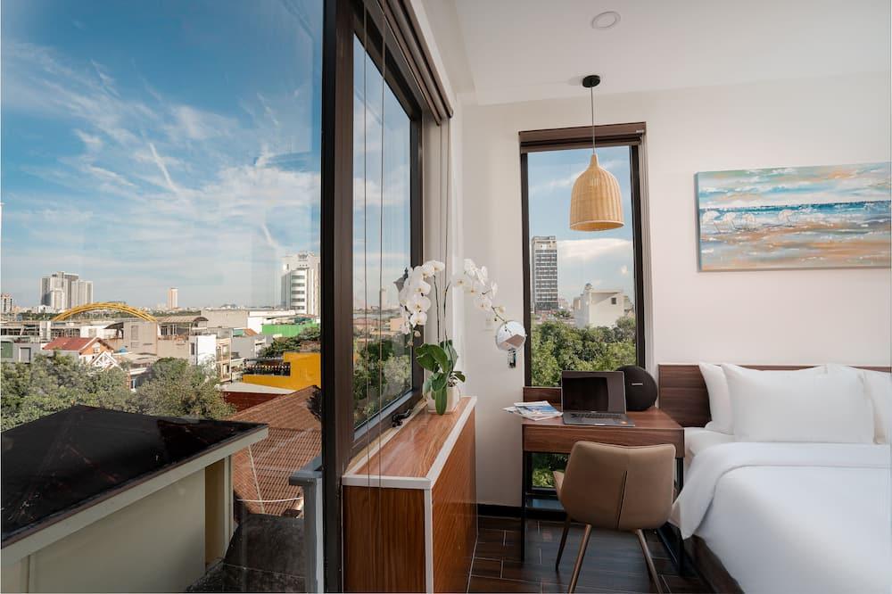 Studio Suite Executive (Free Drop Off) - Balcony View