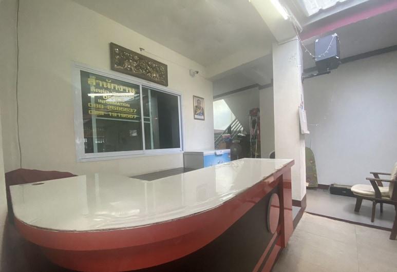 OYO 1135 Triple A Residence, Chiang Mai, Reception