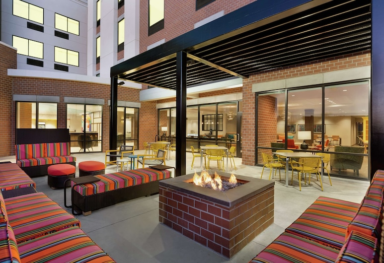 Home2 Suites by Hilton Ogden, Ogden, Courtyard