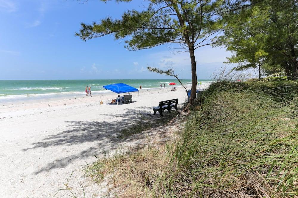 Departamento, Varias camas, vista a la playa (Beach Hugger 1 - Newly remodeled, cha) - Playa