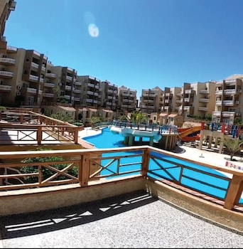 Enter your dates for special Sharm El Sheikh last minute prices