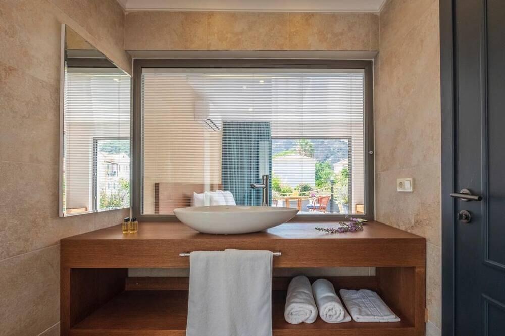 Chambre Deluxe, vue piscine - Salle de bain