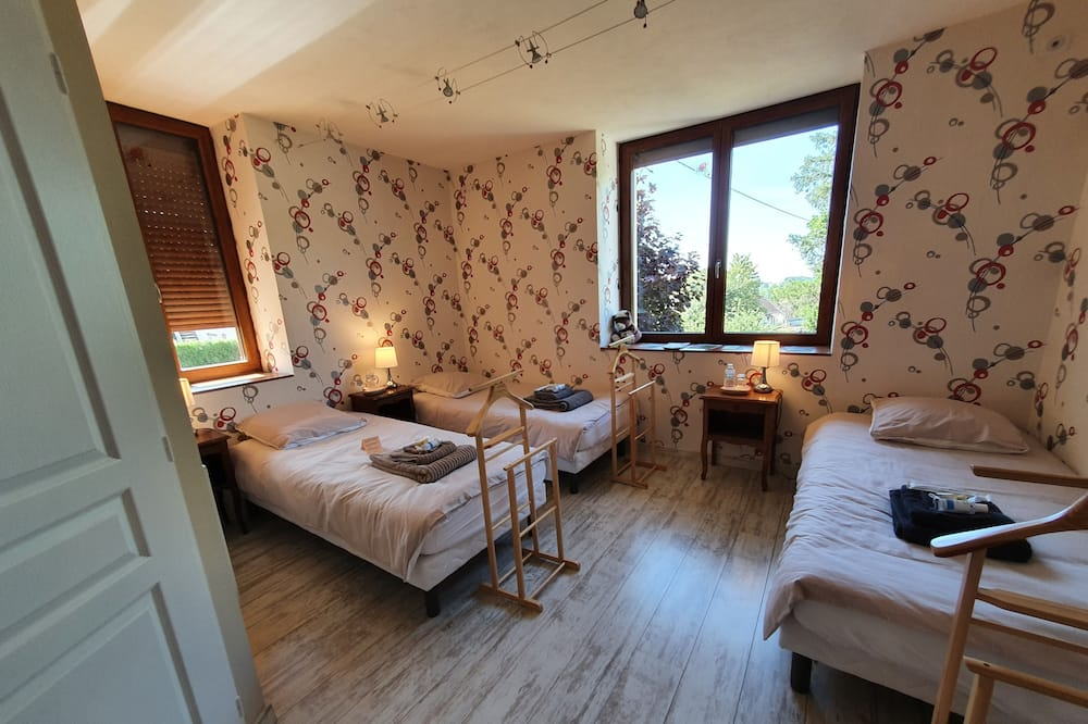 Pokój dla 3 osób rodzinny, z łazienką, widok na ogród - Pokój