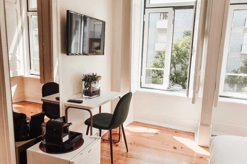Le Premier Room - Living Area