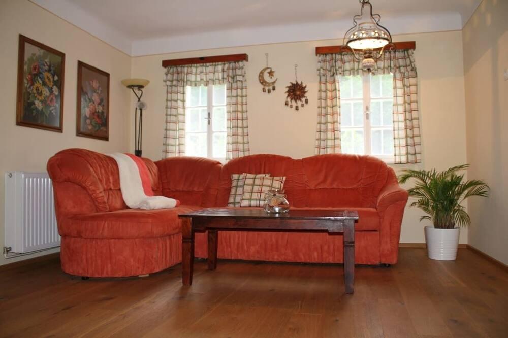 Будинок, 2 спальні - Вітальня