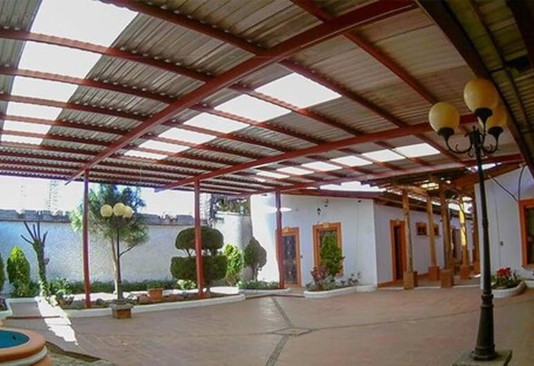 Hotel Lerri Colonial, Quetzaltenango, Gårdsplass