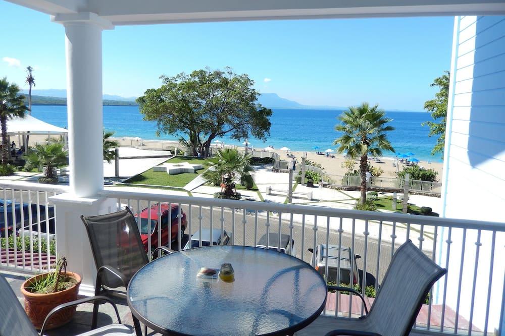 Condo, 2 Bedrooms, Beach View - Living Area