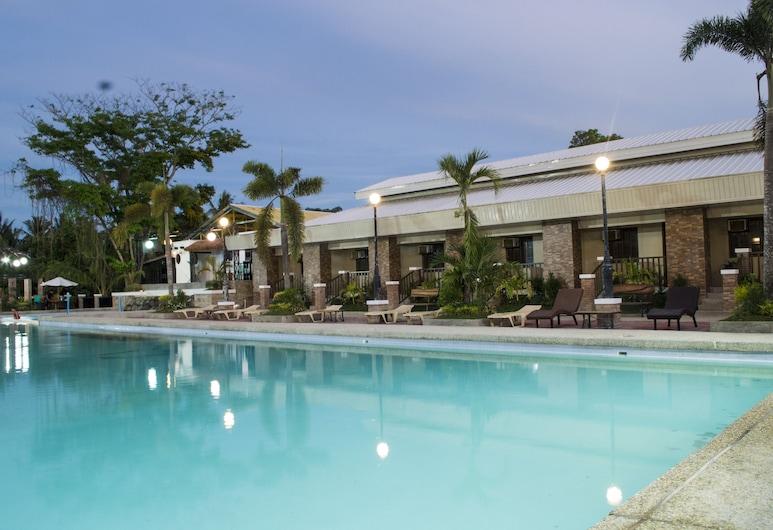 Hacienda Galea Resort and Events Place, Baliuag, Venkovní bazén