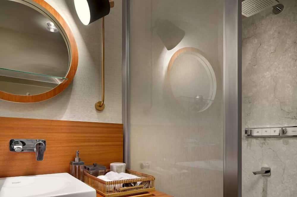 Basic Apartment, 1 Bedroom, Sea View - Bathroom
