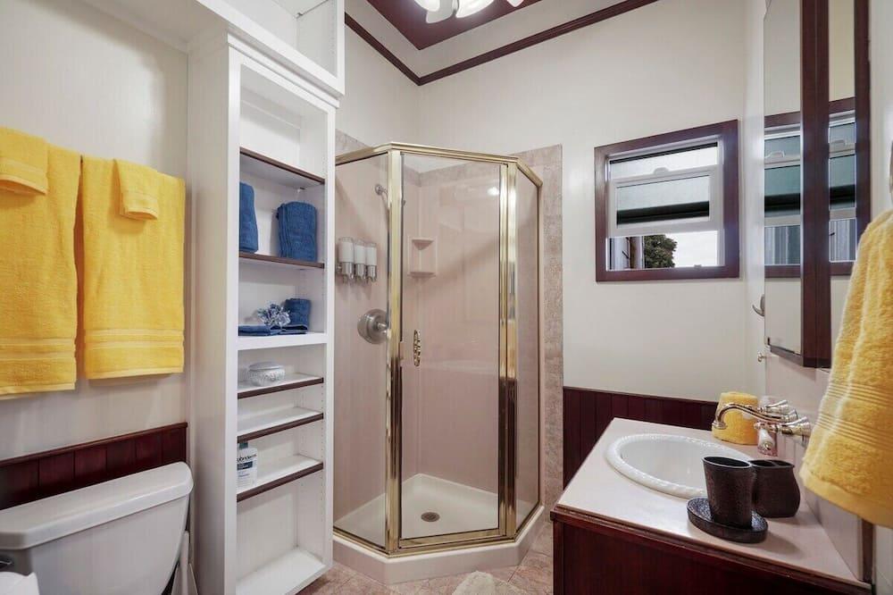 Апартаменты (Sunny Studio Near Downtown San Jose) - Ванная комната