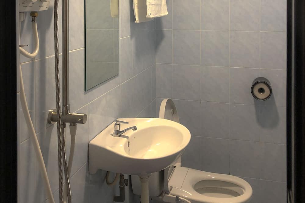 Basic Μονόκλινο Δωμάτιο (Solo) - Μπάνιο