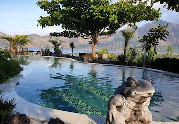 Picture of Penginapan Lakeside Cottages in Kintamani