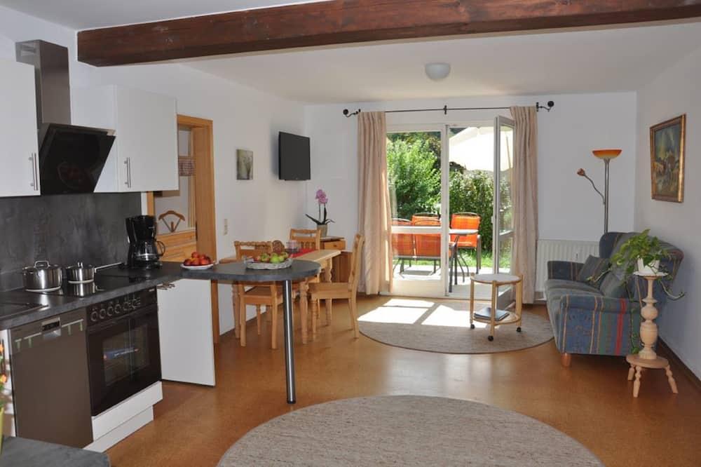 Apartmán, terasa - Obývací prostor
