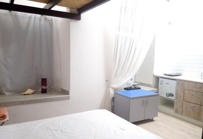 Apart 26, أوديسا, إستديو (R2-1), الغرفة