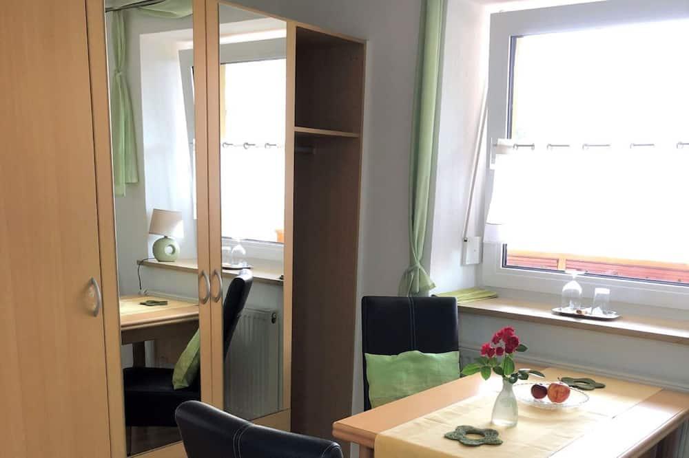 Habitación doble Confort - Servicio de comidas en la habitación