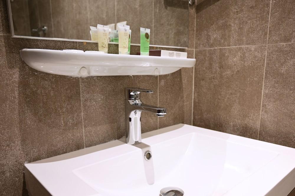 Chambre Deluxe avec lits jumeaux - Salle de bain