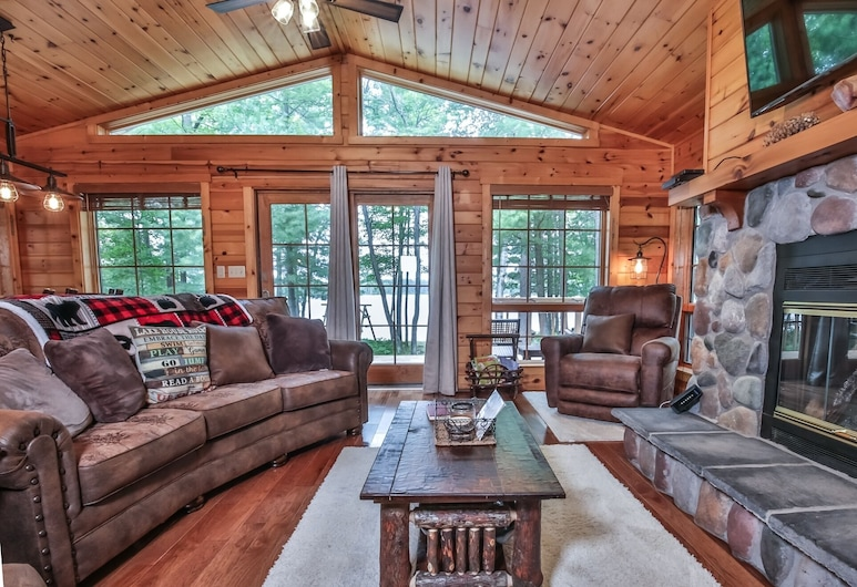 Stormy Pines - Hiller Vacation S 3 Bedroom Home, Eagle River