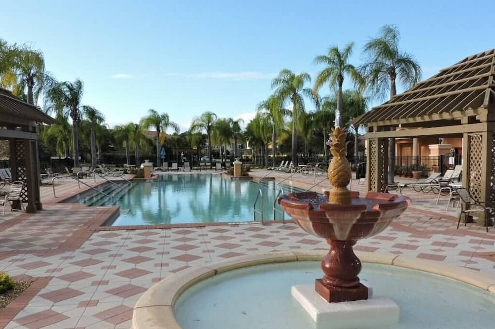 Villa, plusieurs lits (Ref 01BV  Stunning 5 Bed 4 Bath Villa) - Piscine
